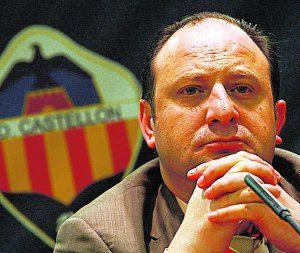 23/12/2009 - CASTELLÓN - COMUNIDAD VALENCIANA - JUNTA GENERAL DE ACCIONISTAS DEL CD CASTELLÓN. LAPARRA - FOTO PAU BELLIDO