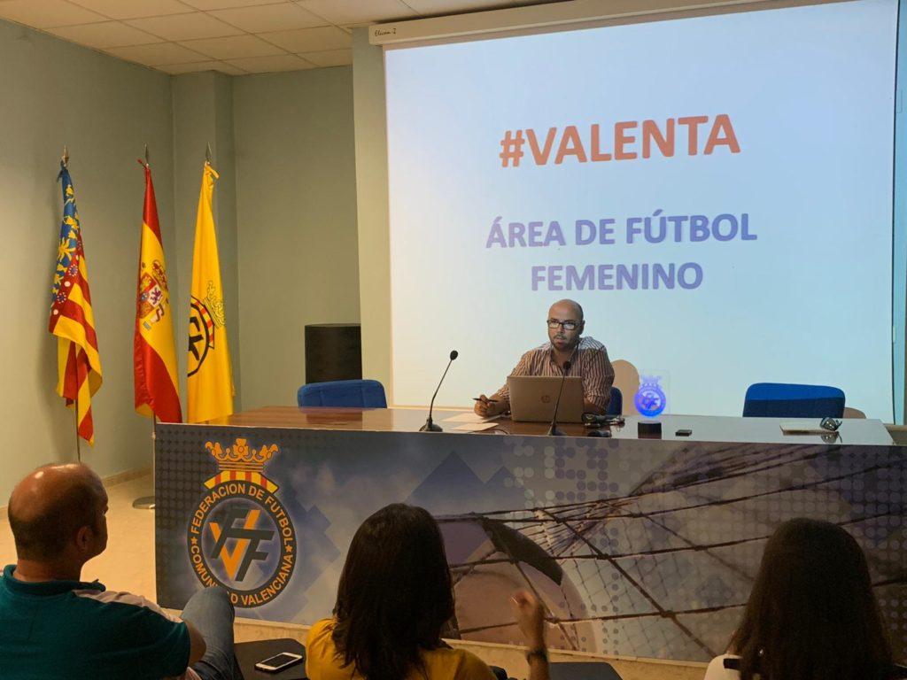 19 junio - Menchero explica el proyecto Valenta en Castellón