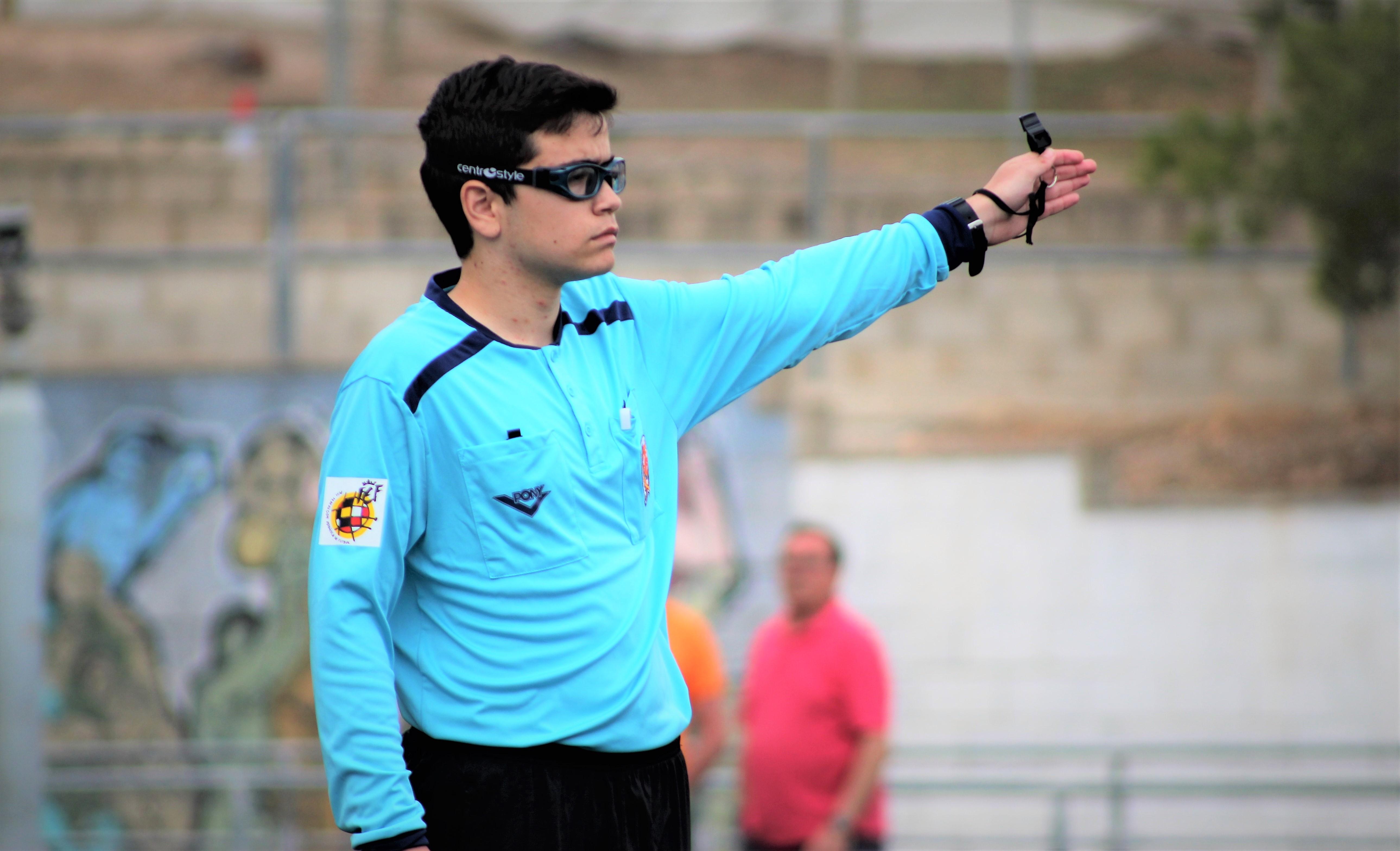 Jorge Aura, el árbitro más joven de la Comunitat Valenciana