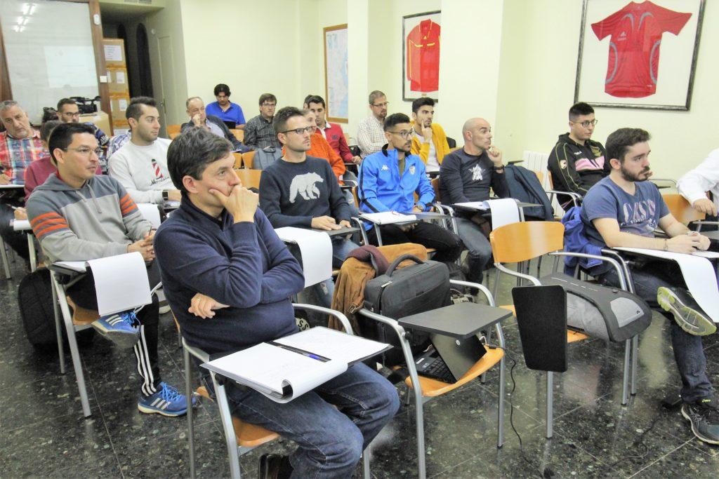 25 oct- Alumnos en curso de gestión FFCV