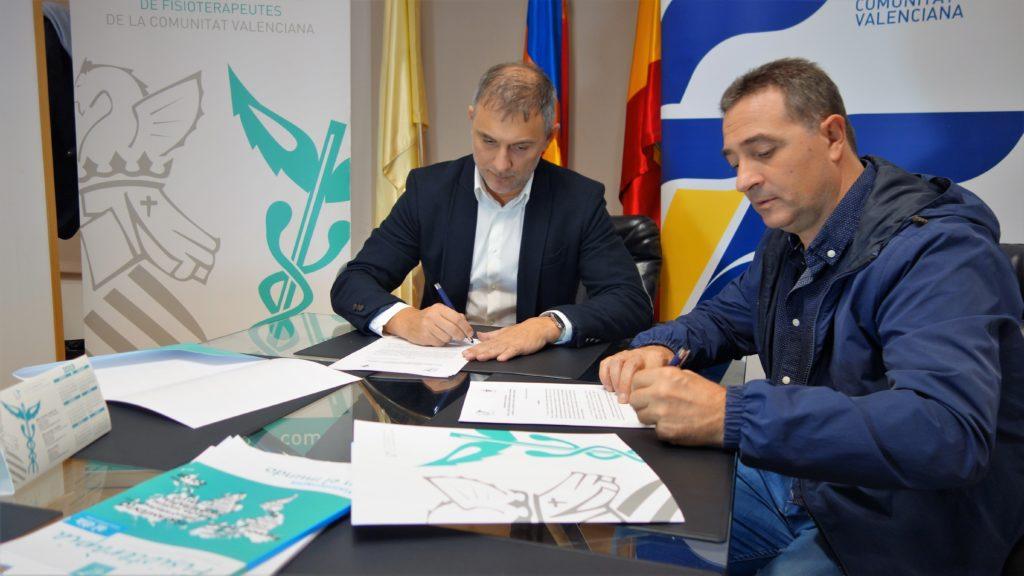 30 oct- Firma convenio Colegio Fisioterapeutas y Salva Gomar
