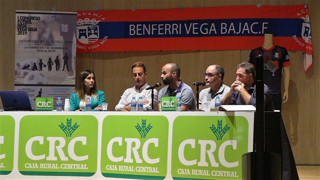 7 oct- Andrea Esteban y Salva Gomar en congreso solidario Vega Baja