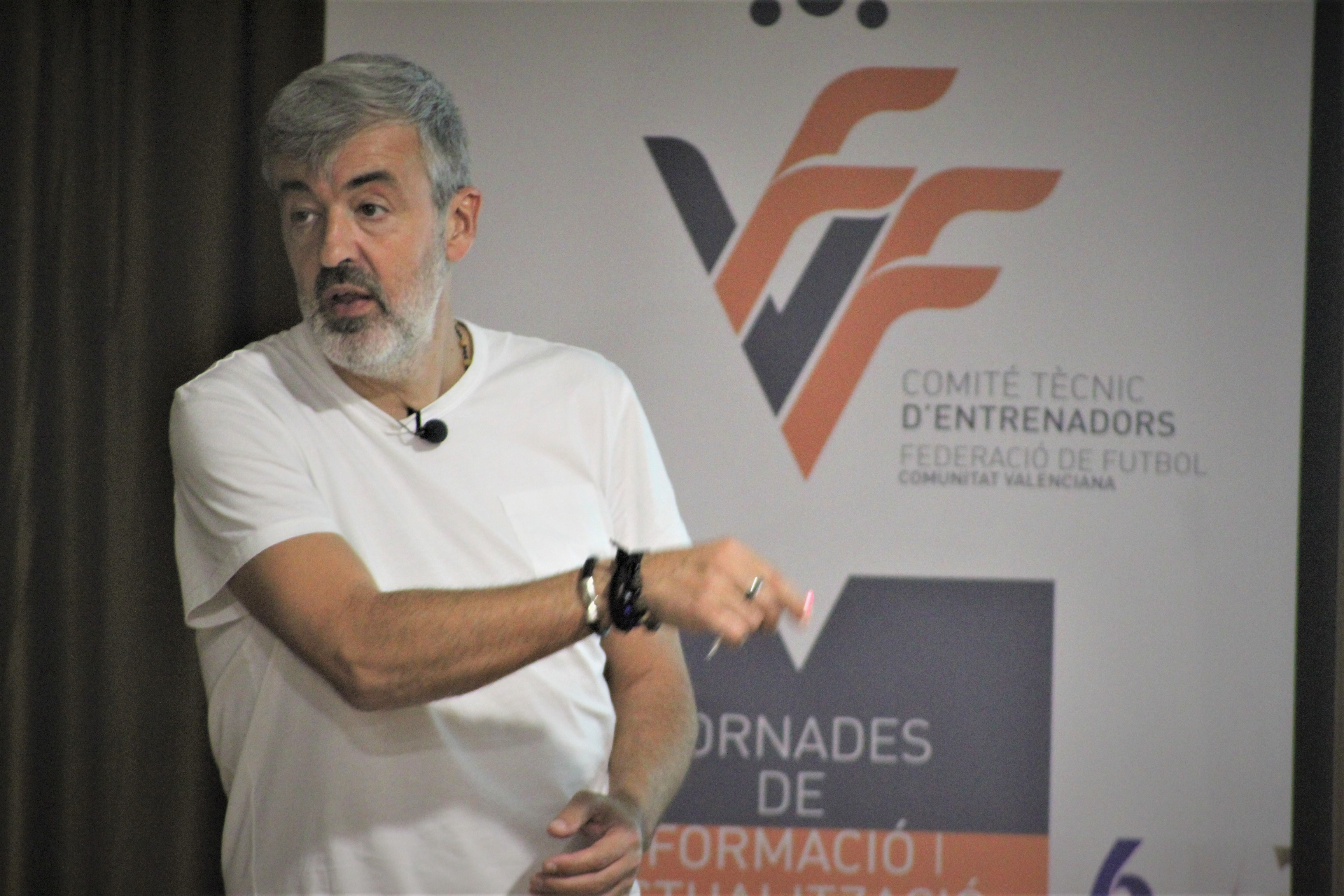 4 nov- Ponencia Óscar Fernández en Sagunto