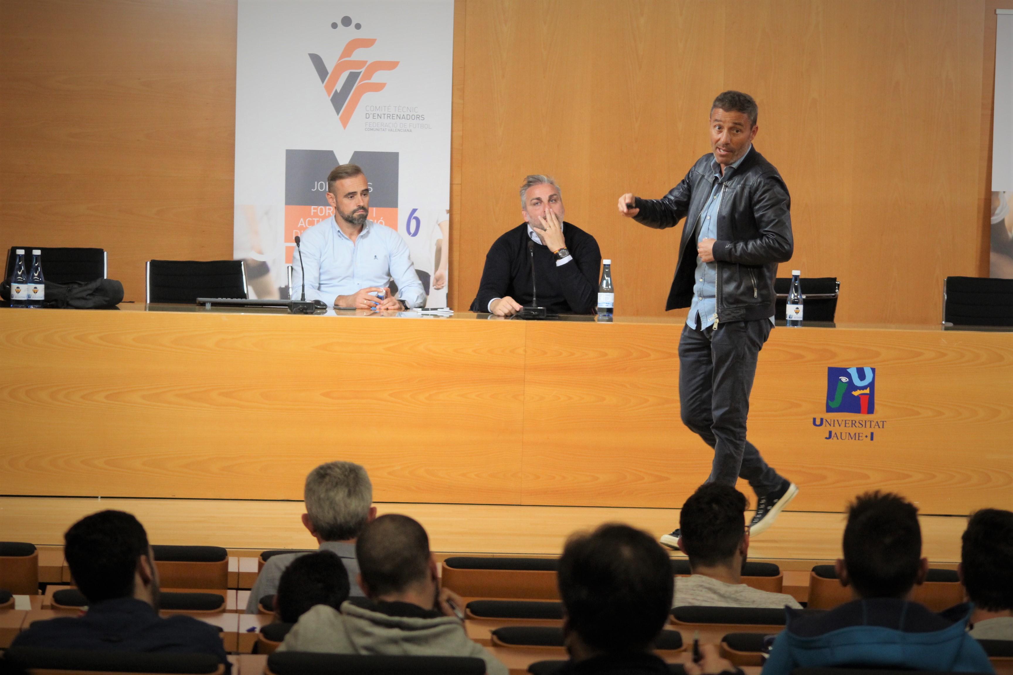 12 nov- Ponencia Óscar Cano en Castelló