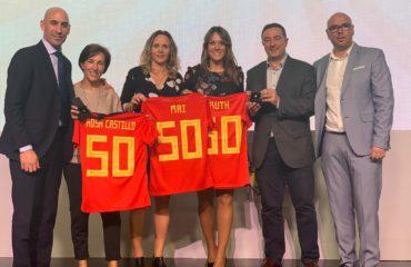 6 nov- Homenaje RFEF a internacionales españolas Ruth, Maider, Rosa