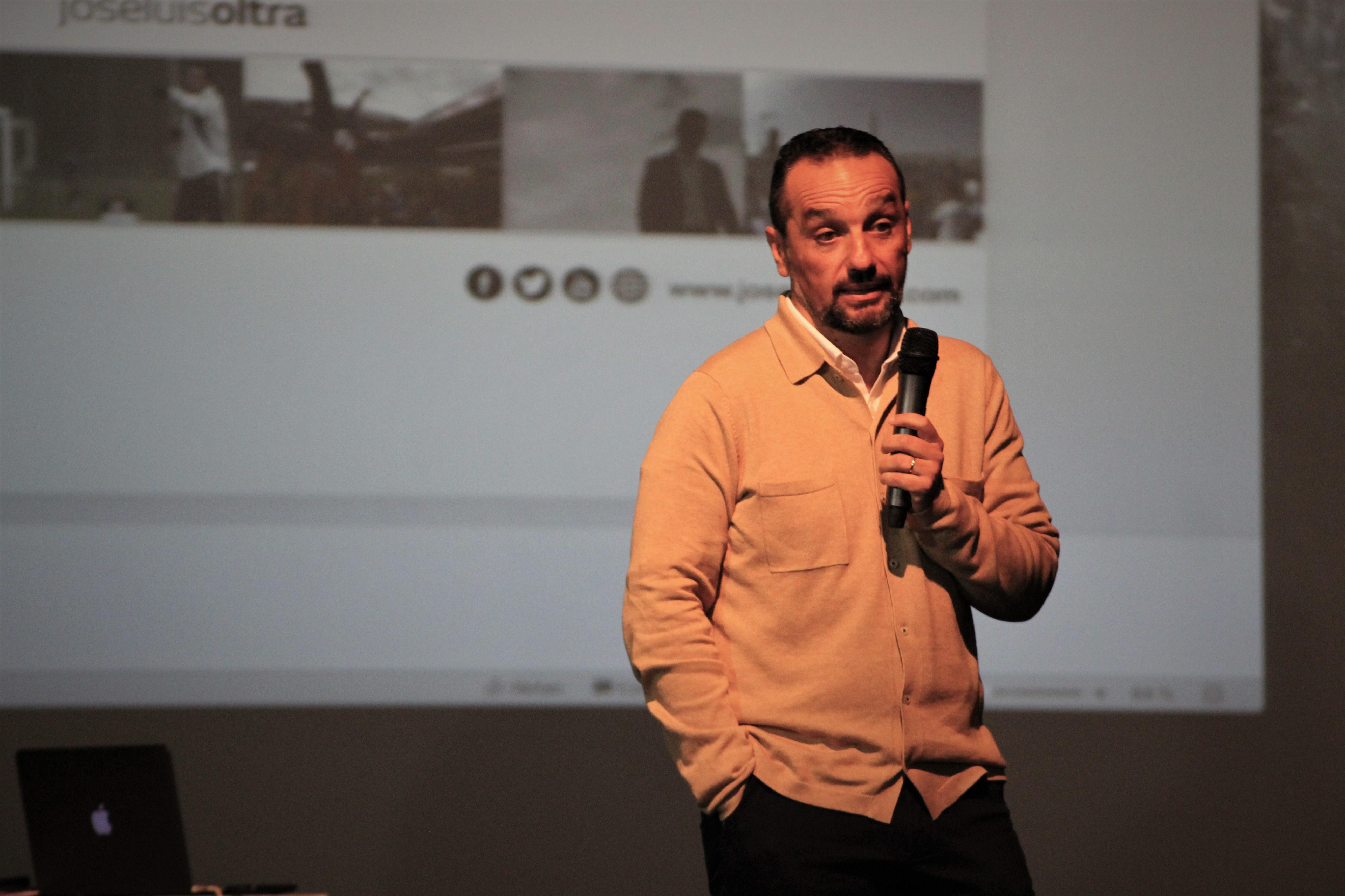 3dic- Ponencia José Luis Oltra en Xàtiva