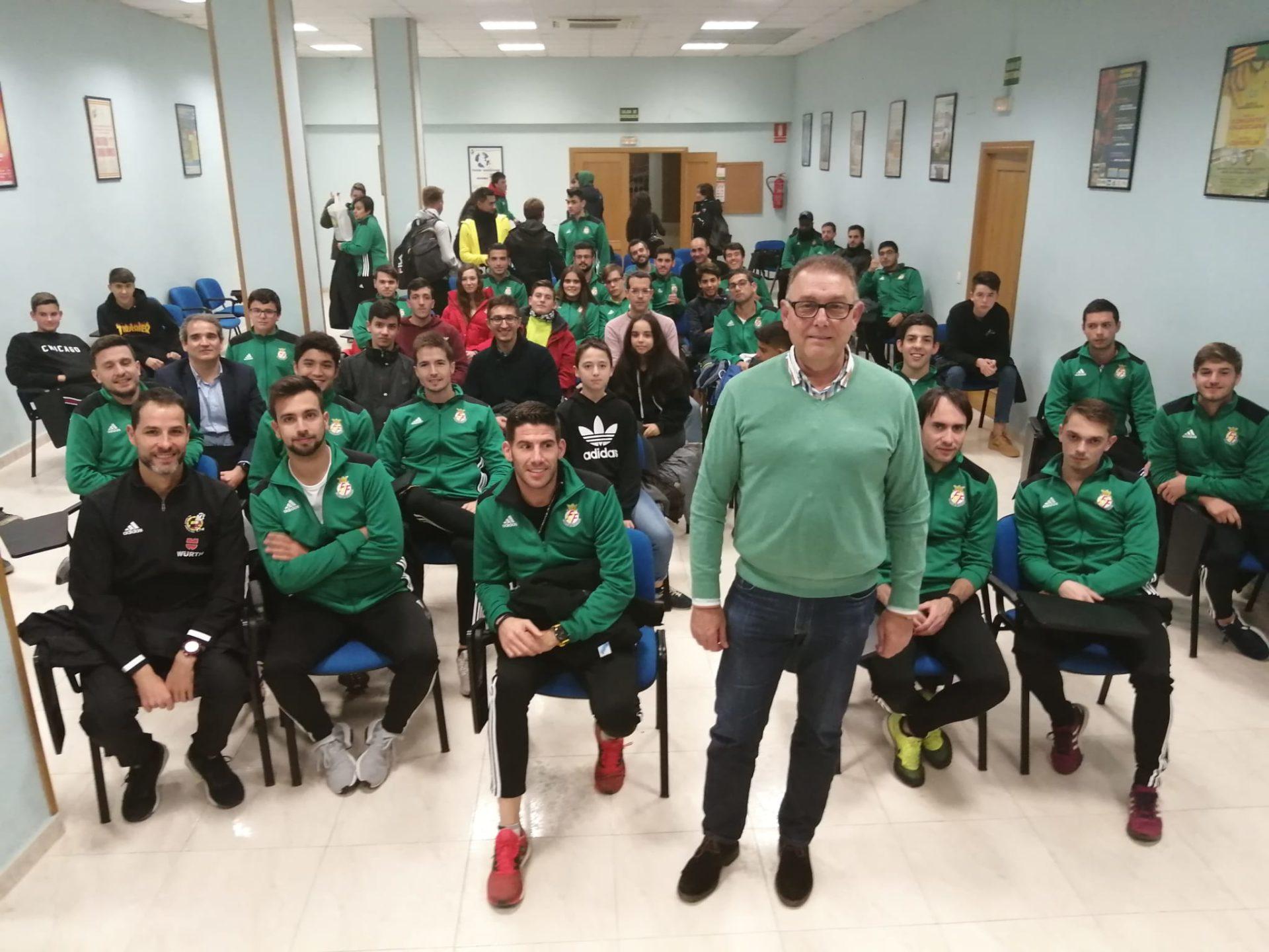 12 dic- Reunión árbitros en Castellón con Enguix